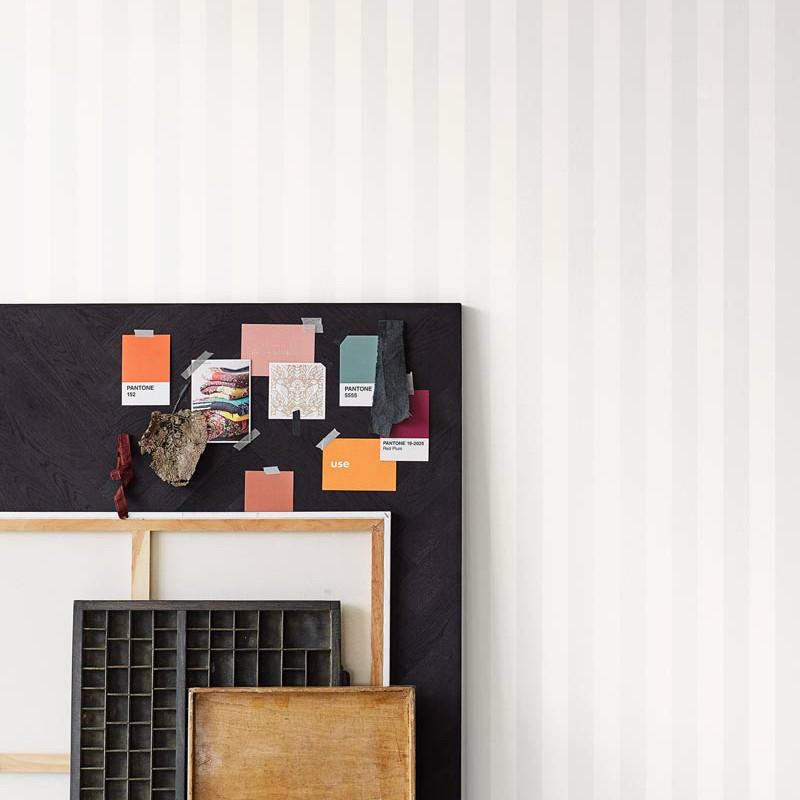 Papel pintado Living@ Home Stripes 620002