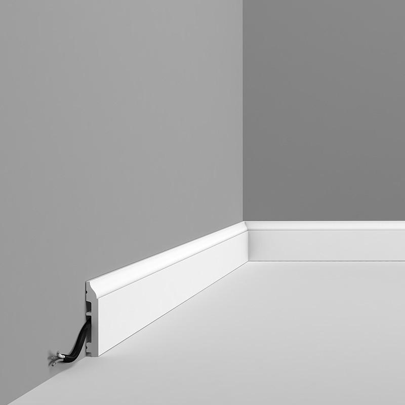 Orac Decor Zócalo SX172