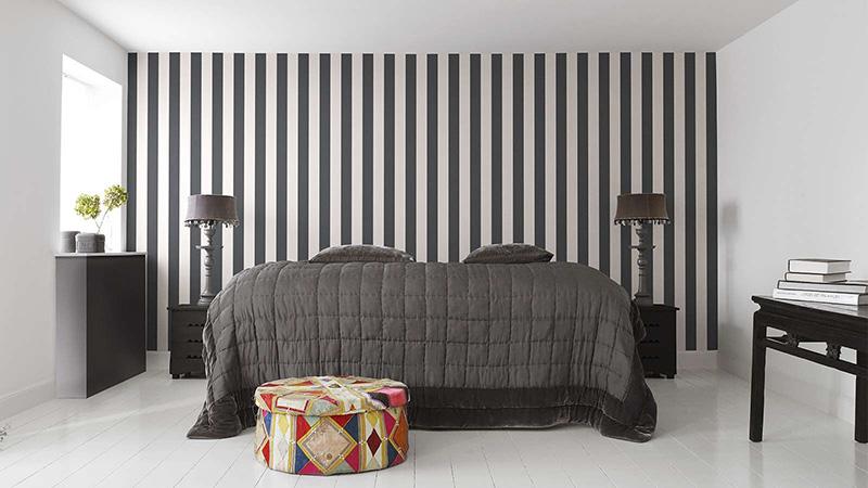 Papel pintado Stripes@Home de Fiona Walldesign